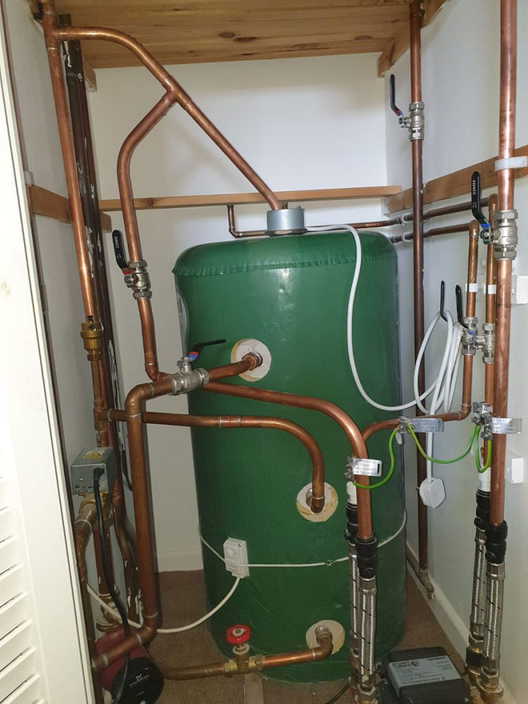 New watertank and pipework